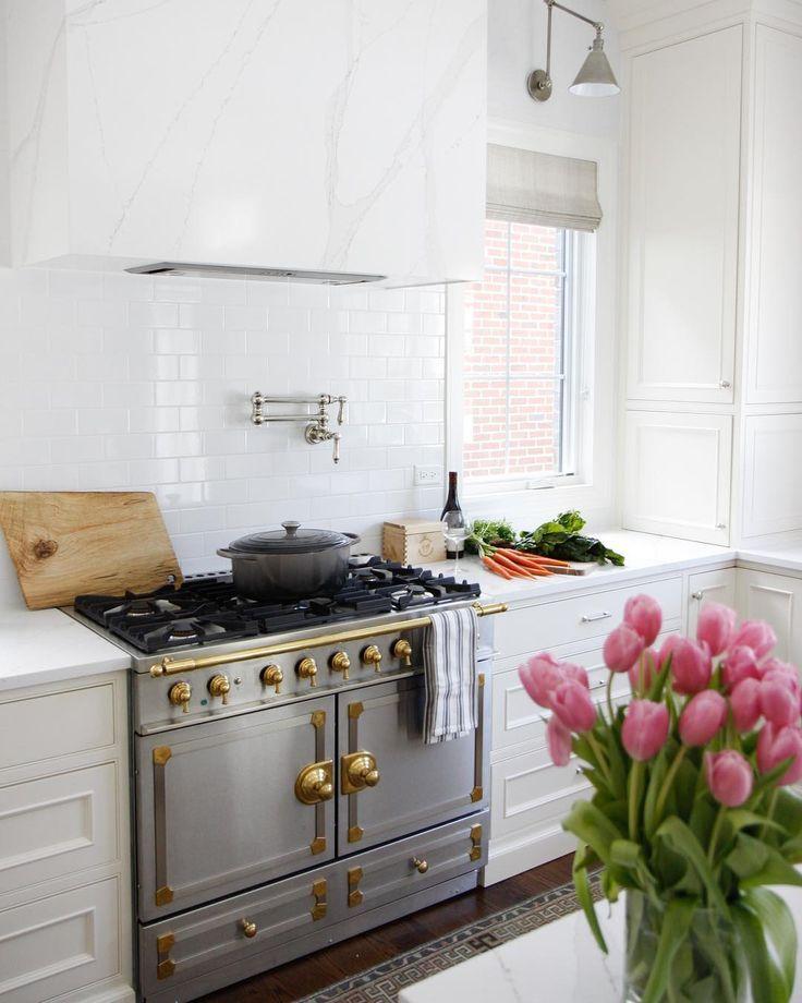 7 Stunning Ways to Try the White Kitchen Trend | Williams-Sonoma Taste