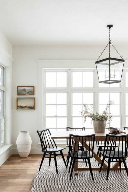 Timeless Dining Room & Kitchen Design in 2020 | Kitchen room design, Oak dining table, Dining nook