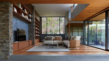 A-Modern-Japanese-House-With-A-Serene-Courtyard