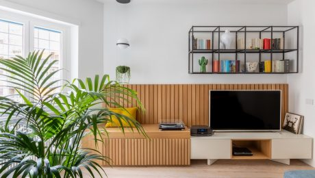 Lively-Family-Friendly-Home-interior-With-Bold-Colour