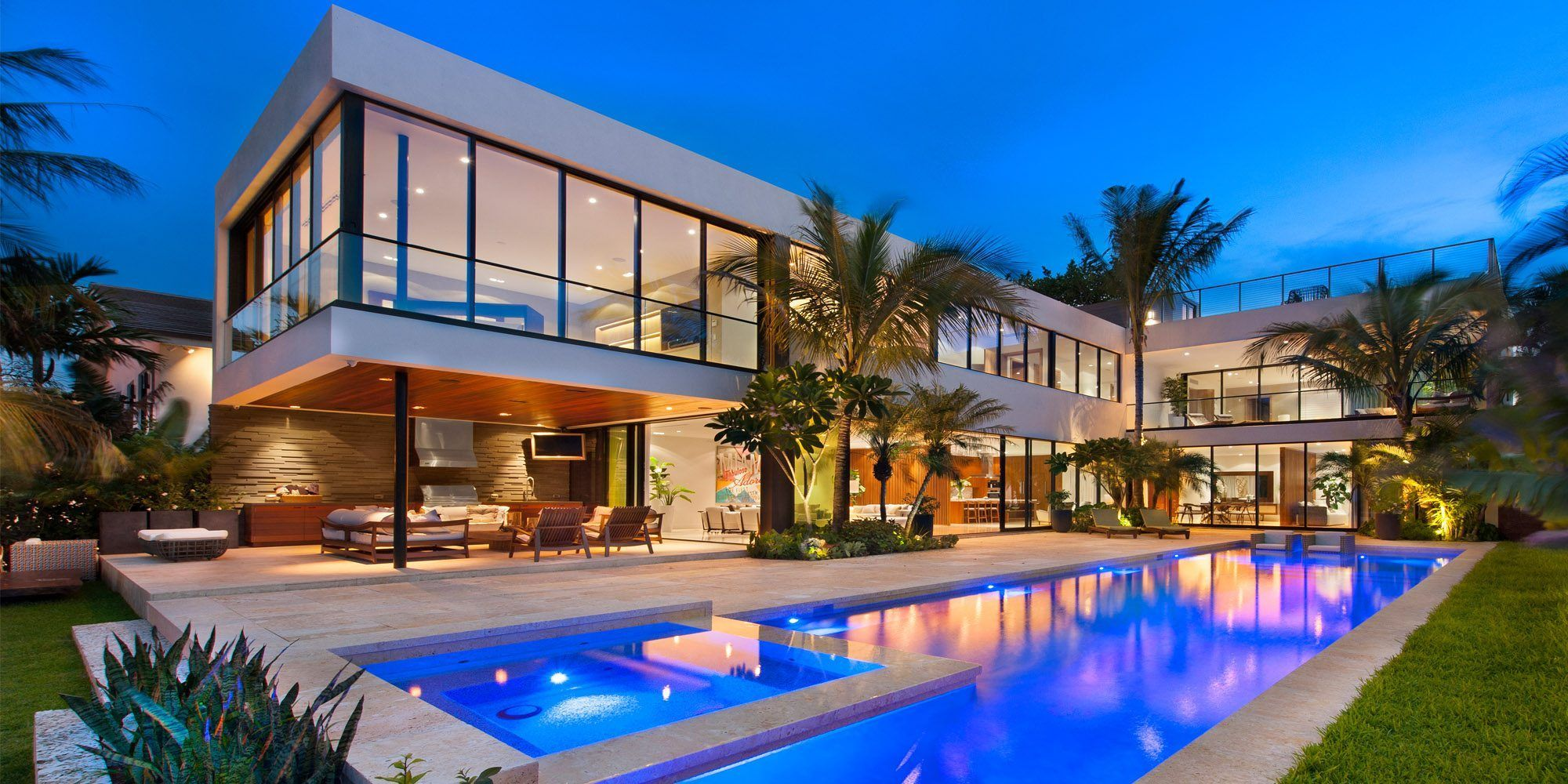 5-Things-to-Consider-When-Buying-Luxury-Residence-for-Holidays